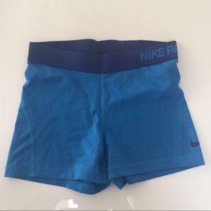 Nike Pro shorts tights medium